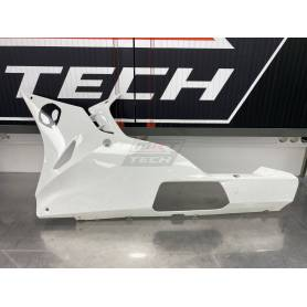 Left side lower fairing S1000RR 2015-2018. damaged